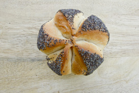 bread rolls with poppy seeds